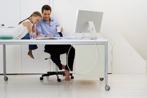 Trabalhar em casa é o sonho de muitas pessoas.